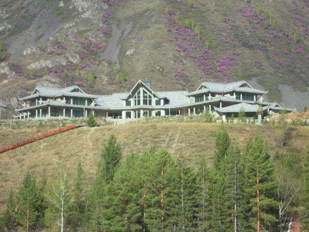 Особняк в горном Алтае