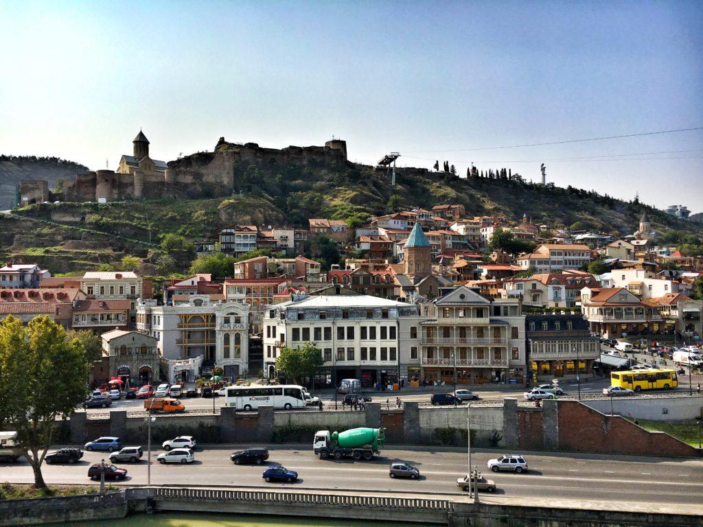 В Тбилиси лучше всего остановится в старом городе